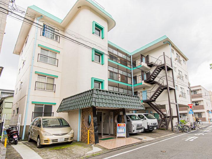 川崎駅よりバス利用または鈴木町駅徒歩15分(外観)