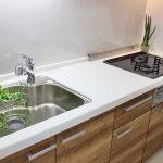 ワイドシンクと3口ビルトインコンロのシステムキッチン(キッチン)